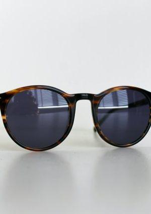 De vele functies van een zonnebril